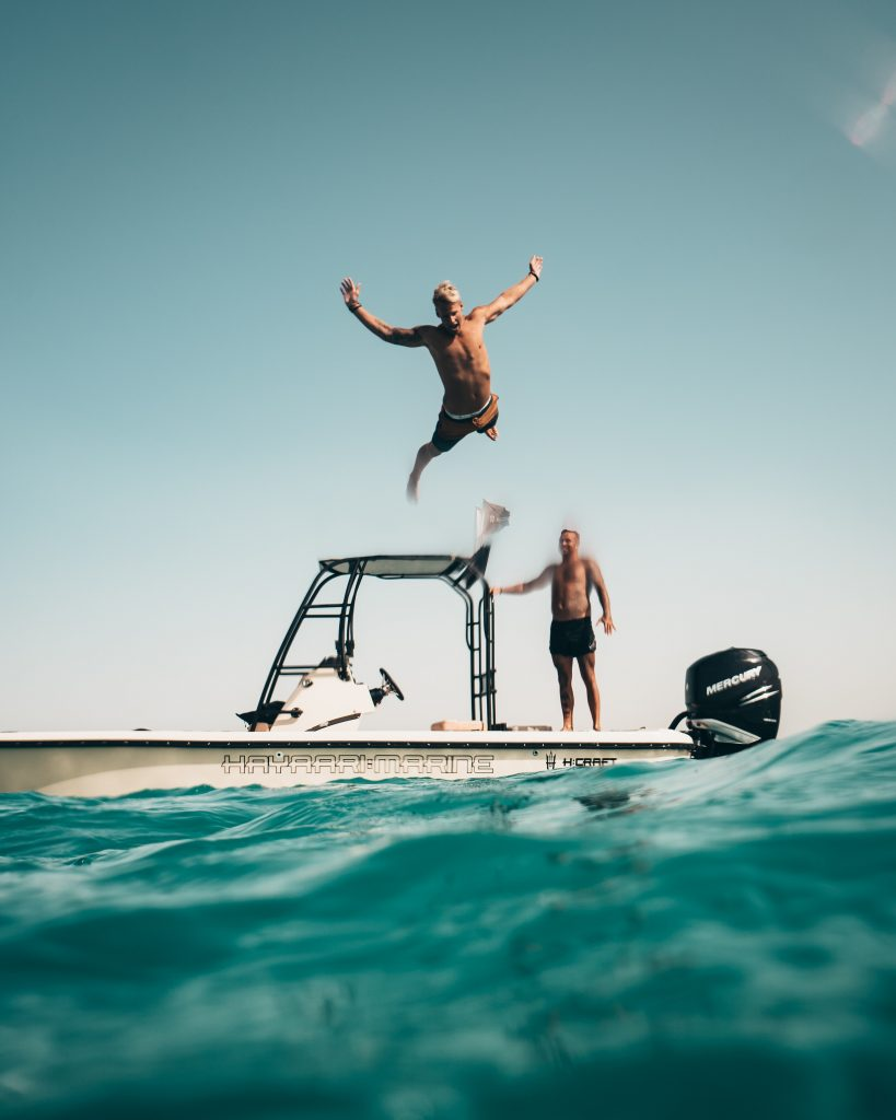 Dive in with Onboard Learning - Online marine licencing courses